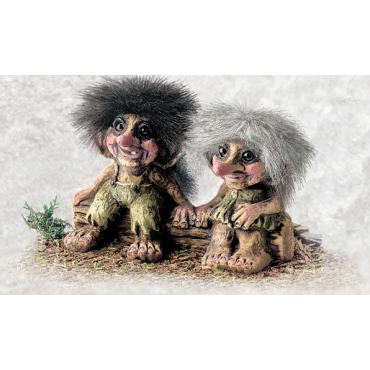 840175 Troll boy and girl