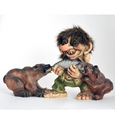 840316 Troll with bears