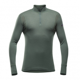 HIKING Man Half ZIP Neck