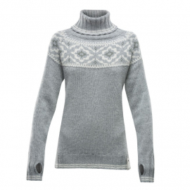 ONA Woman Round Sweater