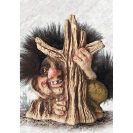 840041 Troll behind tree