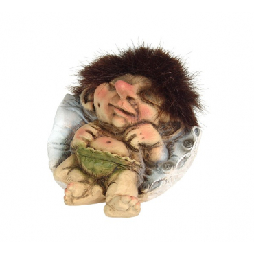 840047 Sleeping baby troll